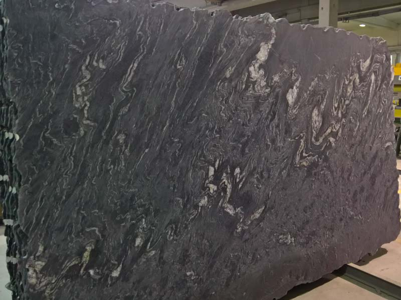 Iron Black Granite Blocks And Slabs Available In Italy