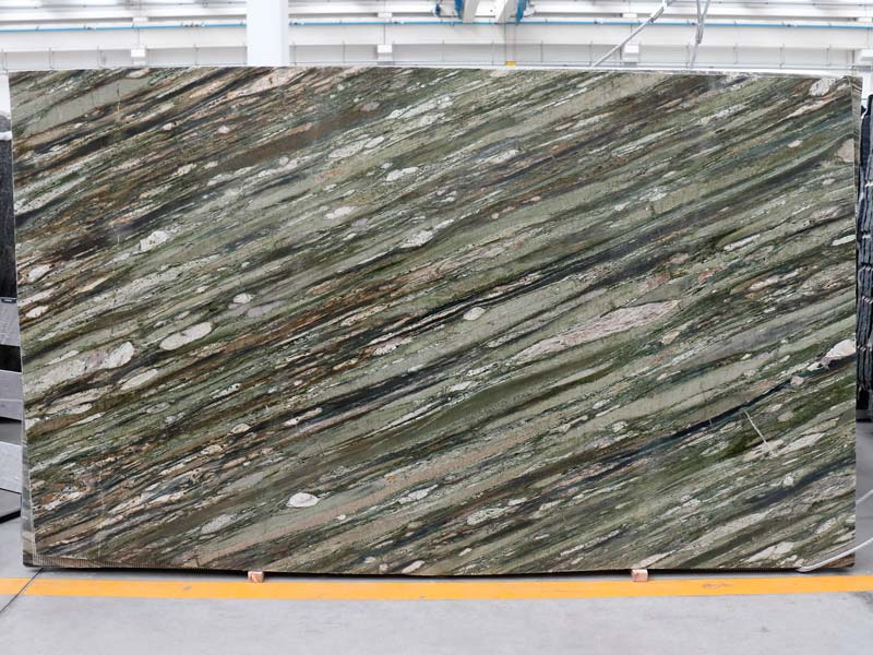 Tropical Fashion Granite Blocks And Slabs Available In Italy